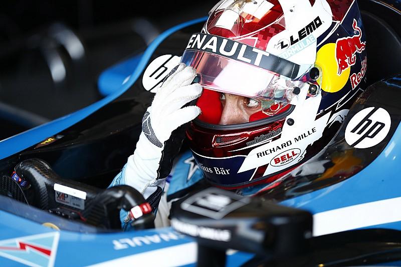 フォーミュラE最終戦ニューヨークePrixレース2予選 雨中のニューヨークで大接戦のアタック対決。ブエミ連続PP獲得。上位3台0.058秒差