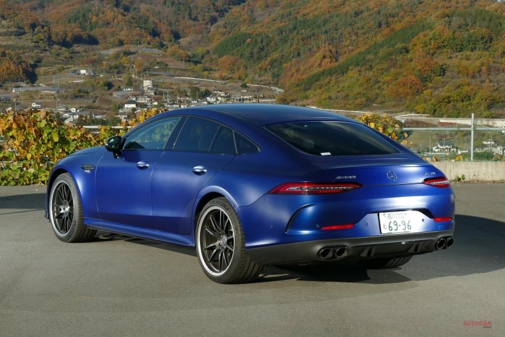 【4ドア・スポーツカーへの回答】メルセデスAMG GT 4ドアとは 価格/内装/トランク/走りを検証