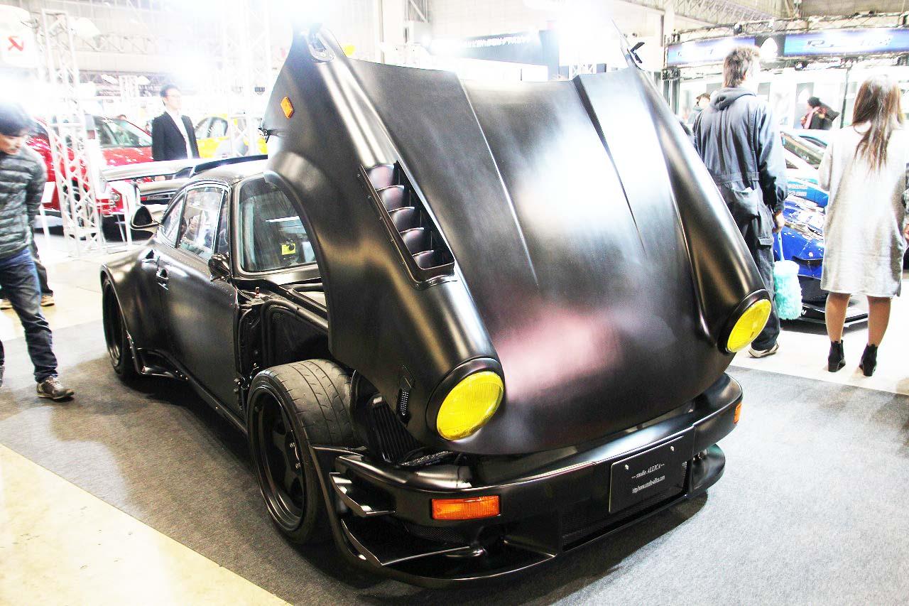 【衝撃】カーボンパネルの930ポルシェは1トン切りも夢じゃないモンスターマシン!