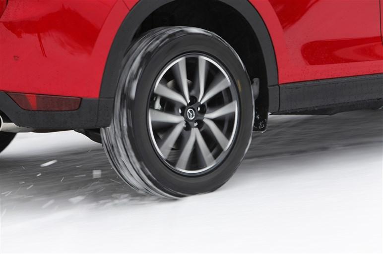 新型CX-5に雪上試乗。「GVC」と「i-アクティブAWD」の効果を体感した