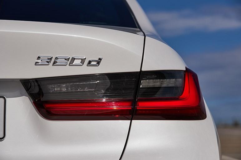 さらに大型化するBMW 3シリーズは定石通り走りと質感を高めてきた