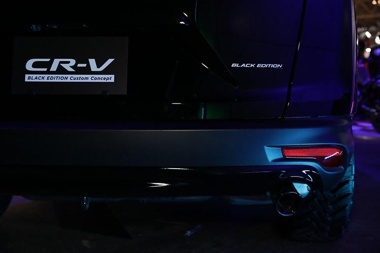 北米風カスタム! CR-V ブラック エディション カスタム コンセプト with THE CHECK SHOP(チェックショップ) - 東京オートサロン