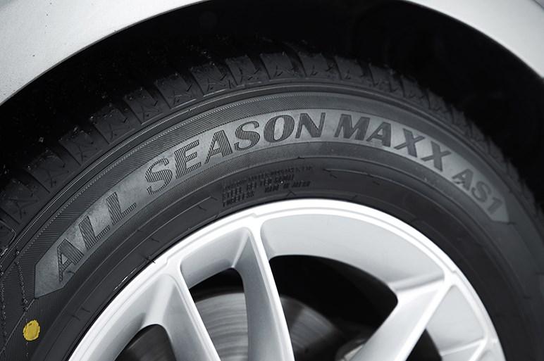 初めてのオールシーズンタイヤに最適なバランス力。ダンロップ オールシーズンマックス AS1を雪で、高速で、ウェットで試す