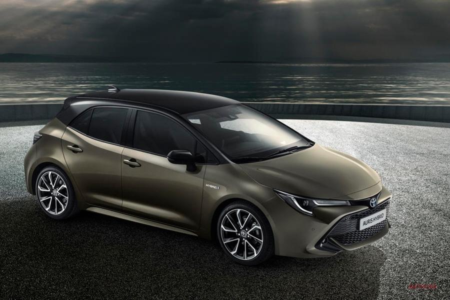 トヨタ 欧州向け新型カローラを英ダービーシャーにて生産開始