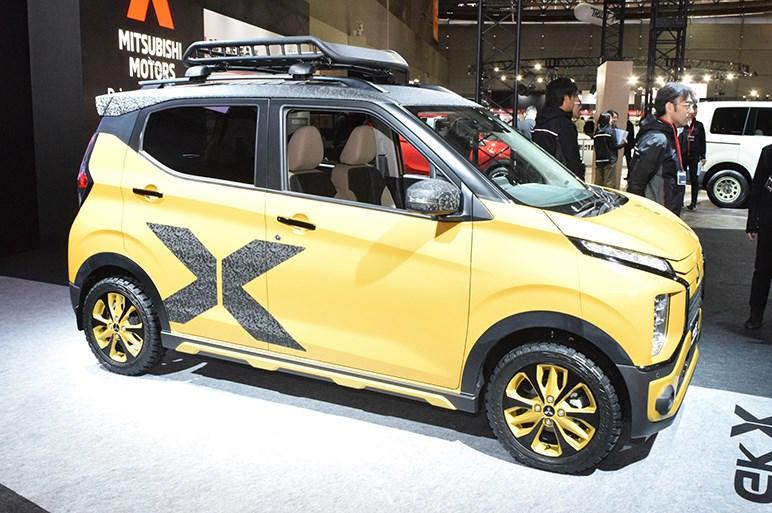 eKクロスのドレスアップ参考出品車は昨今デザインで攻める三菱らしい仕上がりに - 東京オートサロン
