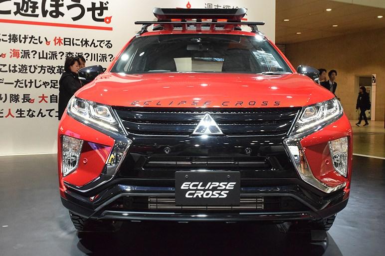 エクリプス クロスのメーカー純正リフトアップ仕様は市販化されるか? - 東京オートサロン