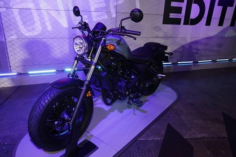 最も売れている250ccバイク ホンダ レブル250 - 東京オートサロン