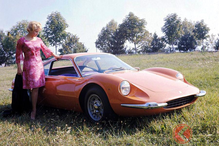 フェラーリじゃないフェラーリ、「ディーノ」は「ミウラ」の対抗馬だった!?