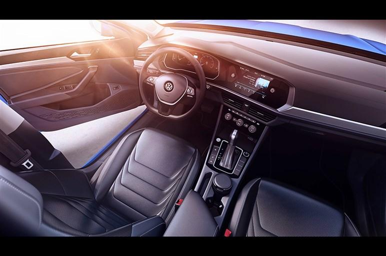 フォルクスワーゲンの北米主力車種ジェッタの新型が公開へ