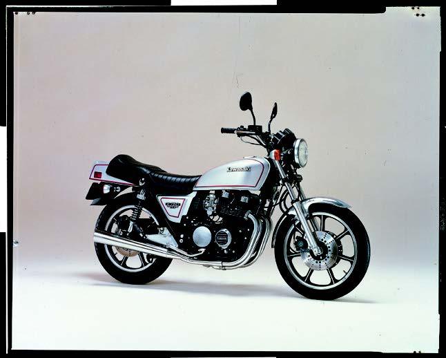 XJ400、Z400FX、空冷ヨンヒャクが盛り上がった時代【日本バイク100年史 Vol.021】(1980-0981年)<Webアルバム>
