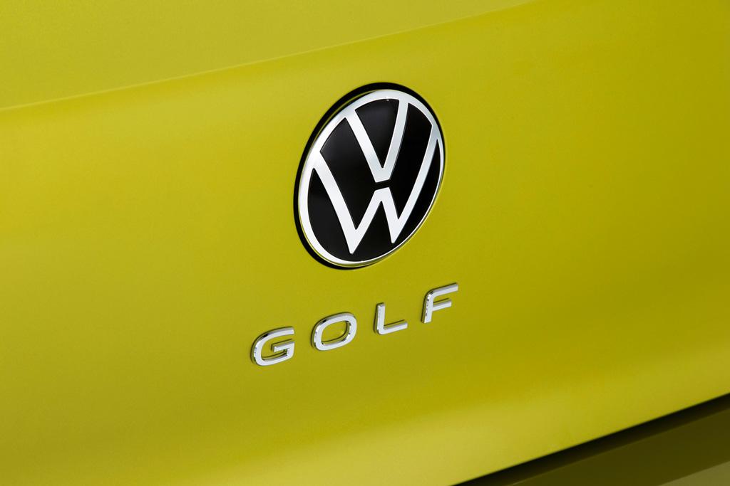 コンパクトカーの基準が変わる! フォルクスワーゲンが新型「ゴルフ」をワールドプレミア