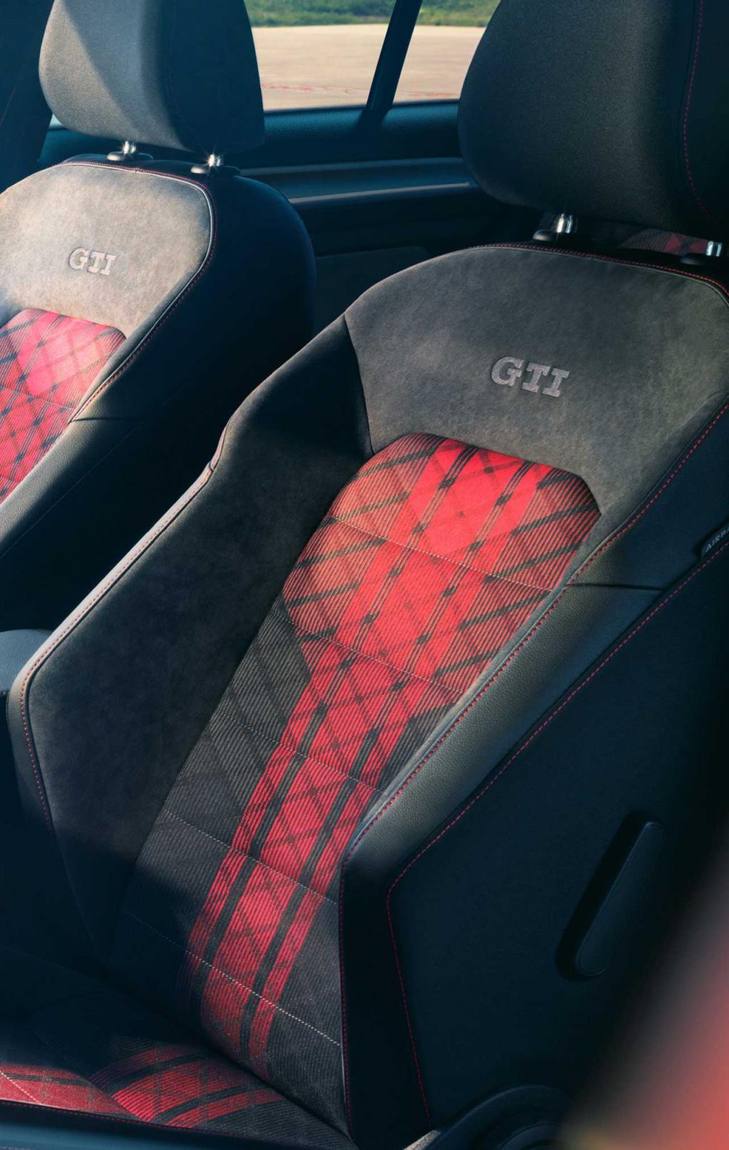 究極のファイナルゴルフ!? 日本仕様最強のVWゴルフGTI「ゴルフGTI TCR」が600台限定で受注開始! 税込車両価格は509万8000円