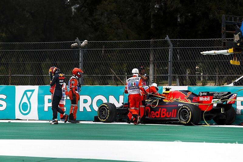 レッドブル・ホンダのアルボン、痛恨クラッシュを嘆く「予選に向けて、リズムを取り戻せるかが重要」|F1メキシコGP
