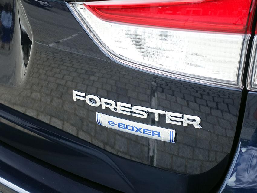 「新型スバル フォレスター Trust in Forester」常に燃費をよくする制御を取り入れたe-BOXERエンジン