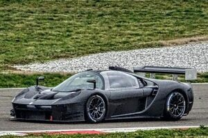 グリッケンハウス、ニュル投入予定の新型GT3『SCG 004C』をシェイクダウン