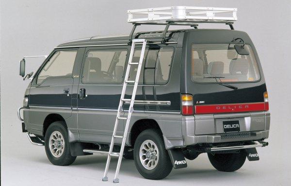 【鉄板人気のSUVミニバン】三菱デリカスターワゴン&スペースギアが愛され続ける理由