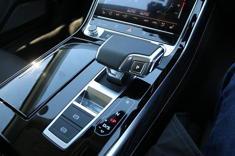 アウディA8の2020年モデルに新搭載されたアクティブサスの実力が垣間見えた