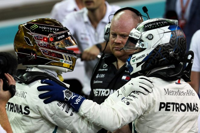 メルセデスF1のダブルタイトルは「ボッタスなしでは勝ち取れなかった」とウォルフ
