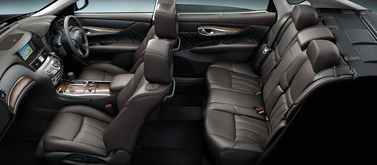 日産が「シーマ」と「フーガ」を全車「サポカーSワイド」対象とし、さらに安心して乗れるモデルに
