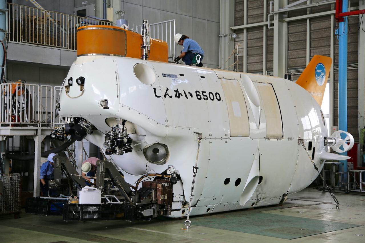 F1ドライバーには「スーパーライセンス」。F1より狭き門の有人潜水調査船「しんかい6500パイロット」はどんな免許で乗れるのか?