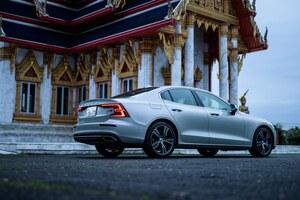 ボルボのセダンは電気で変わる? 新型S60 T6 ツインエンジン AWD試乗記