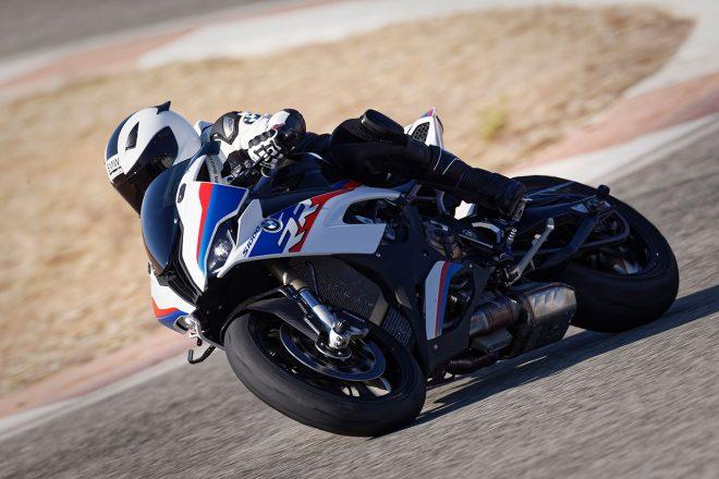 BMWが新型S1000RRをEICMAで発表。13年王者サイクスが来季SBKで駆ることも明らかに