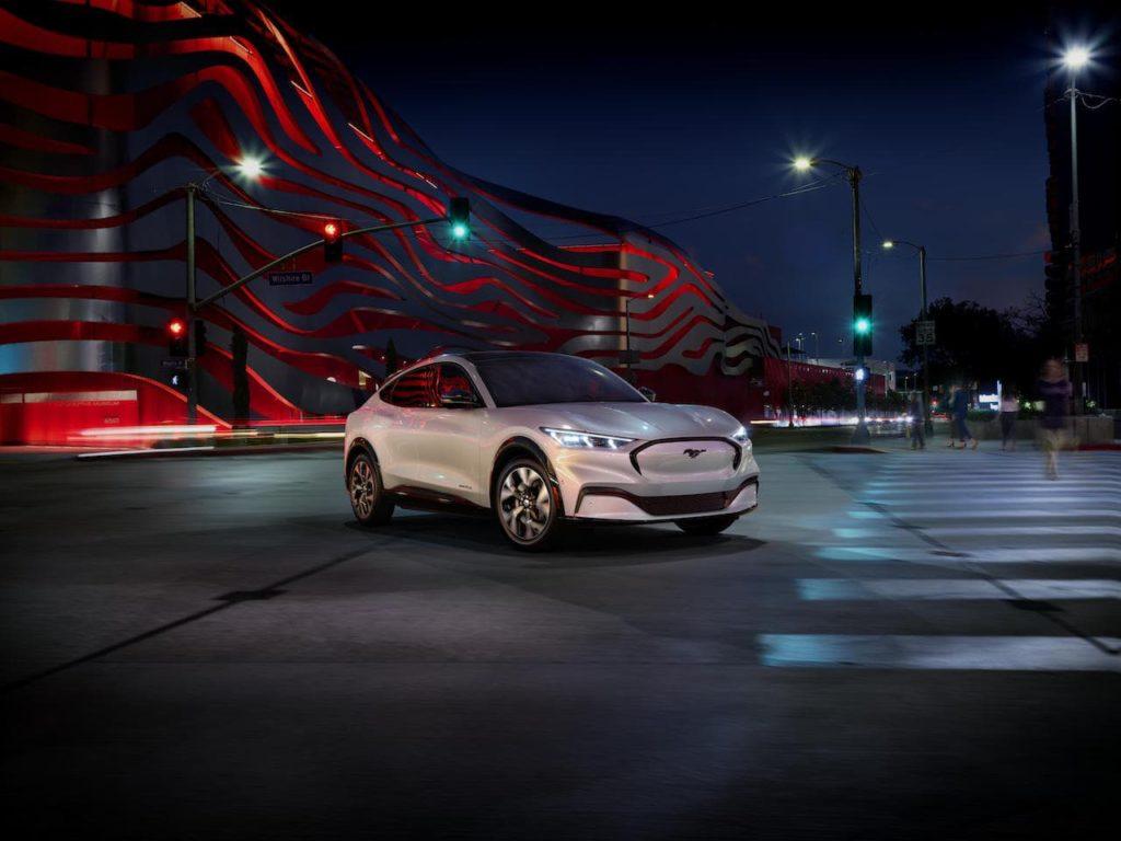 フォードが電動SUV「マスタング マッハ-E」に注ぎ込んだ6つの新基軸とは