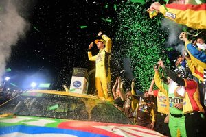 NASCAR第36戦:カイル・ブッシュが自身2度目の栄光。トヨタは通算3度目のチャンピオン