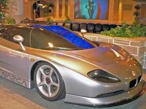 【スーパーカー年代記 041】イタルデザイン ナツカは少量ながら生産されてカロッツェリアの面目躍如