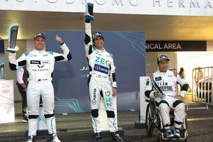 車いすの元GPレーサー青木拓磨、初参戦のジャガーEVワンメイクレースで3位獲得