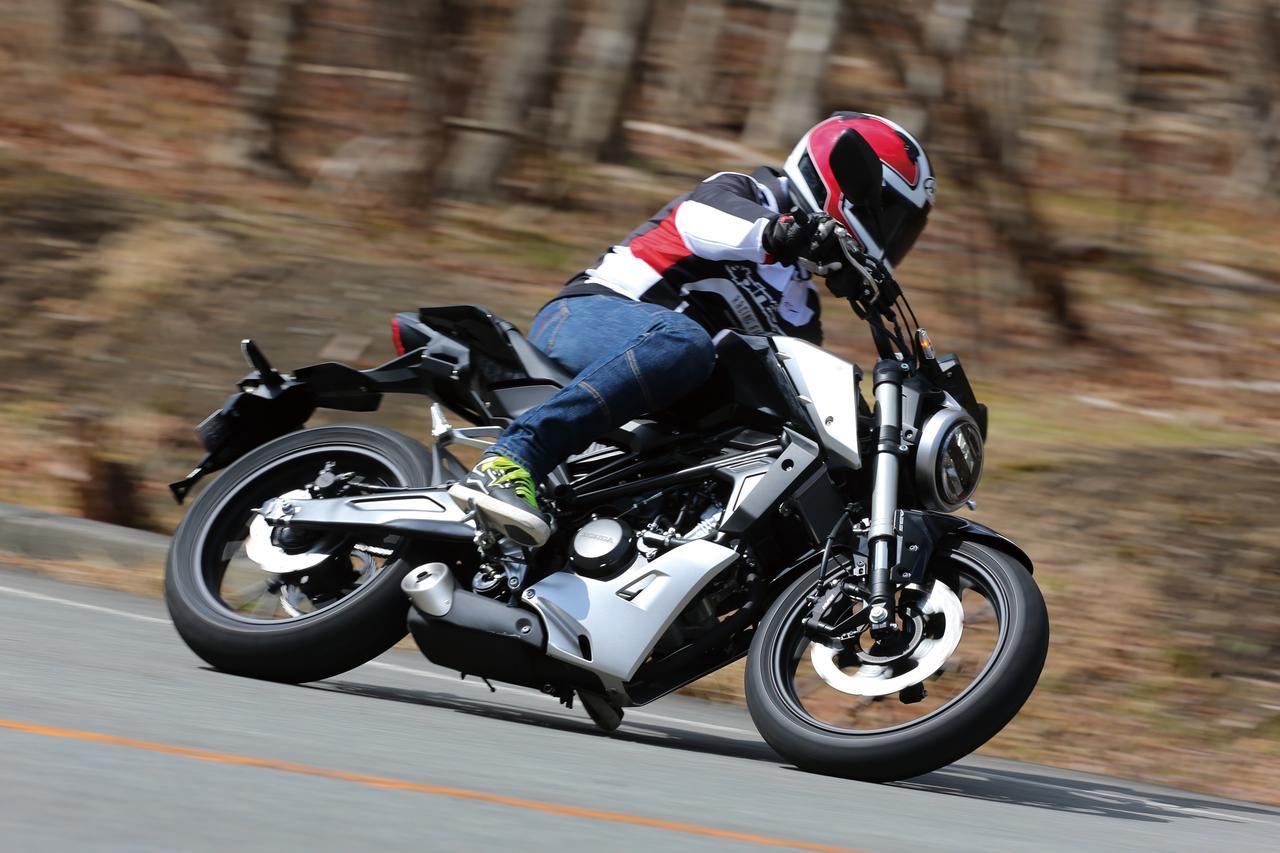ホンダ「CB125R」試乗インプレッション! クラスを超えた設計&装備でスポーツ走行も楽しめる原付二種