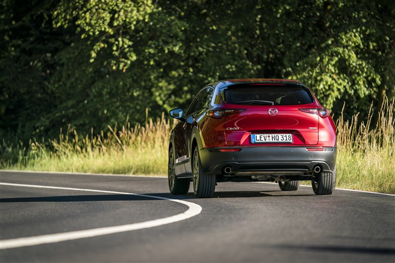マツダのファミリー向け新型SUV、CX-30に試乗。マツダ3を超える乗り心地だが気になるエンジンの非力感