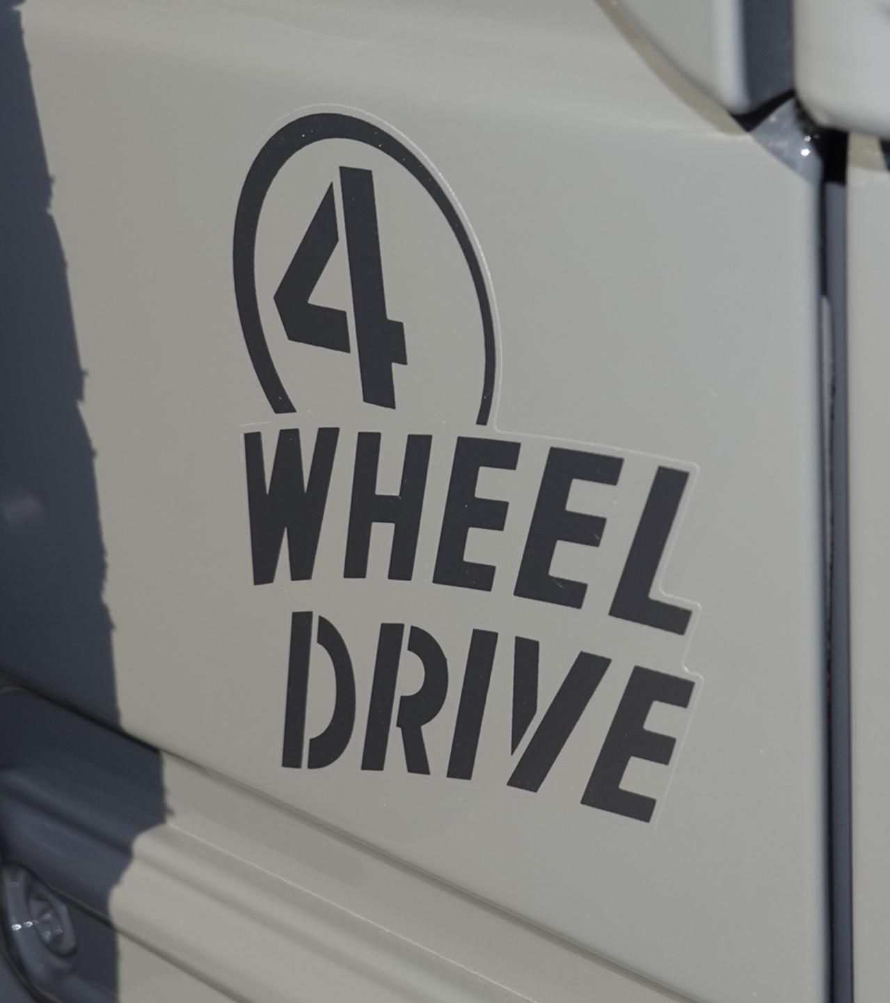 ジープ・ラングラー・アンリミテッドにオフローダーの先駆車「ウィリスオーバーランドCJ-3A」にインスピレーションを得た300台の限定車「ウィリス」が登場!