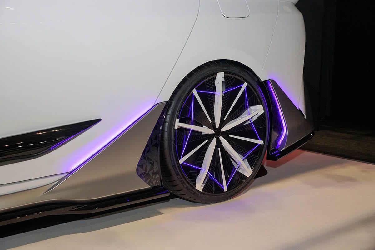 未来のカスタムを本気で考えると……きっとこう! TRDとモデリスタがコラボした先進的デザイン【東京オートサロン2020】
