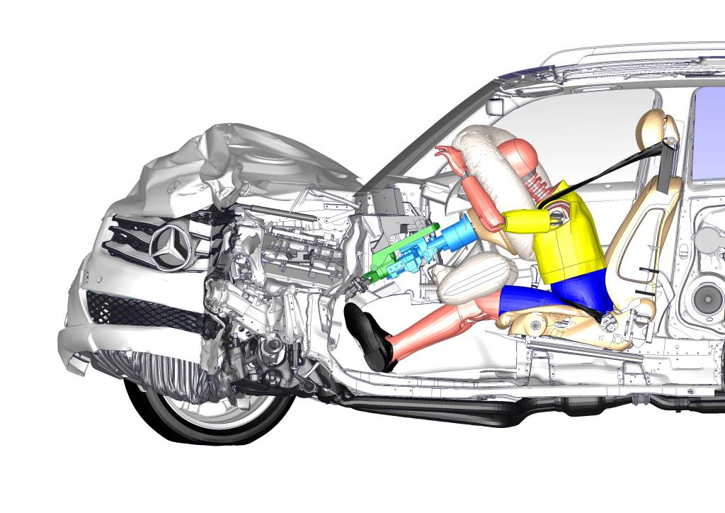 シートベルトは乗員を守る命綱! 「メルセデス・ベンツ」は1950年代から乗員の安全を追究