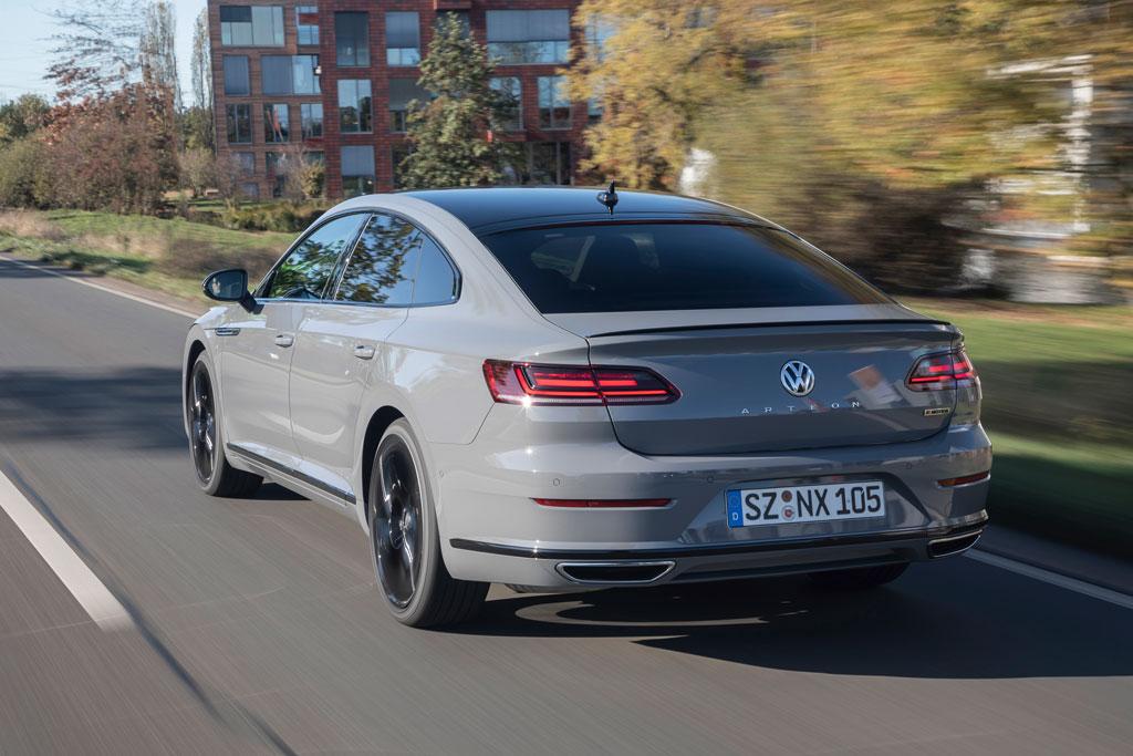 隠れた人気車、「フォルクスワーゲン・アルテオン」に欧州圏限定車が登場