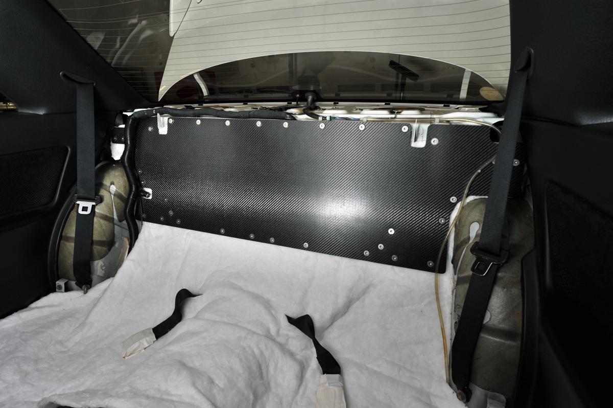 【軽量化したい! 大きい荷物を積みたい!】だからといってクルマの助手席やリヤシートを外すのは要注意