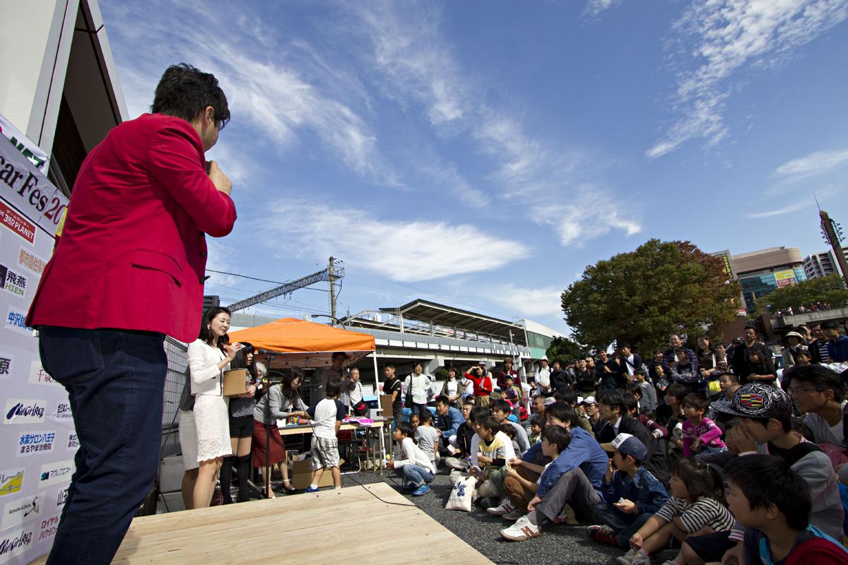 【総額何十億円!?】「スーパーカーの日フェスティバル」に100台以上が集結