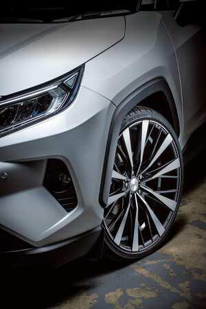 ツインスポークを繊細なV字サブスポークが突き抜ける!|ROJAM Premium Wheels|RAV4 ホイール カスタム