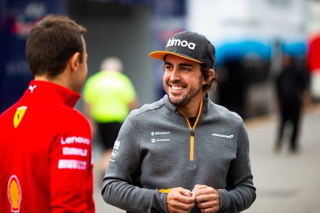 将来のプランを模索するアロンソ、F1復帰の可能性も検討「今も自分はF1ドライバーだと感じる」
