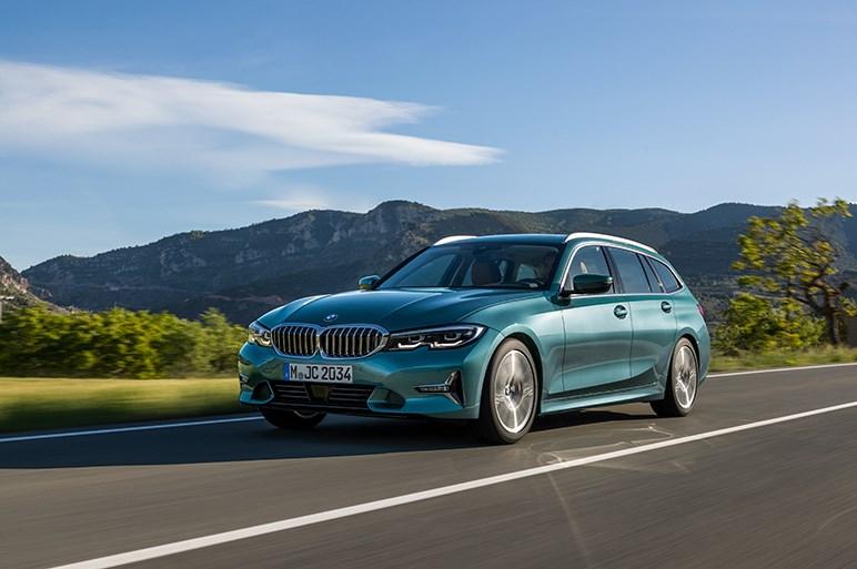 独BMW、新型3シリーズツーリングを発表。ボディサイズを拡大し居住性を大幅向上