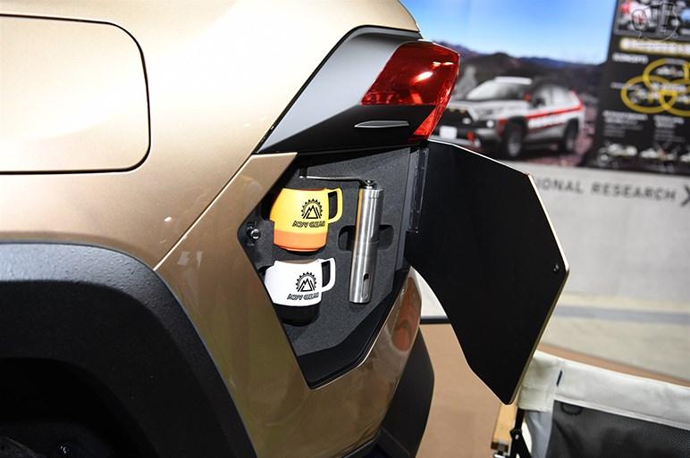 SUVカスタムの最前線に登場、トヨタRAV4カスタム7選 - 東京オートサロン