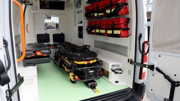 世界に一台特別架装!! 日産EV救急車が稼働 見慣れない車の正体は?