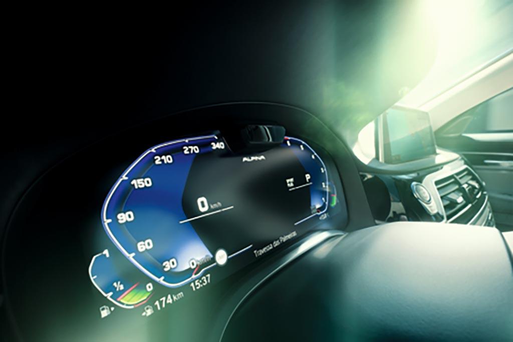 最新のBMWアルピナ モデルをザルツブルクでアタック