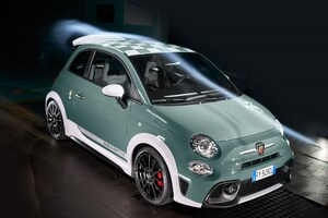 アバルト、イタリアで創業70周年を記念した限定車「695 70thアニベルサリオ」を披露