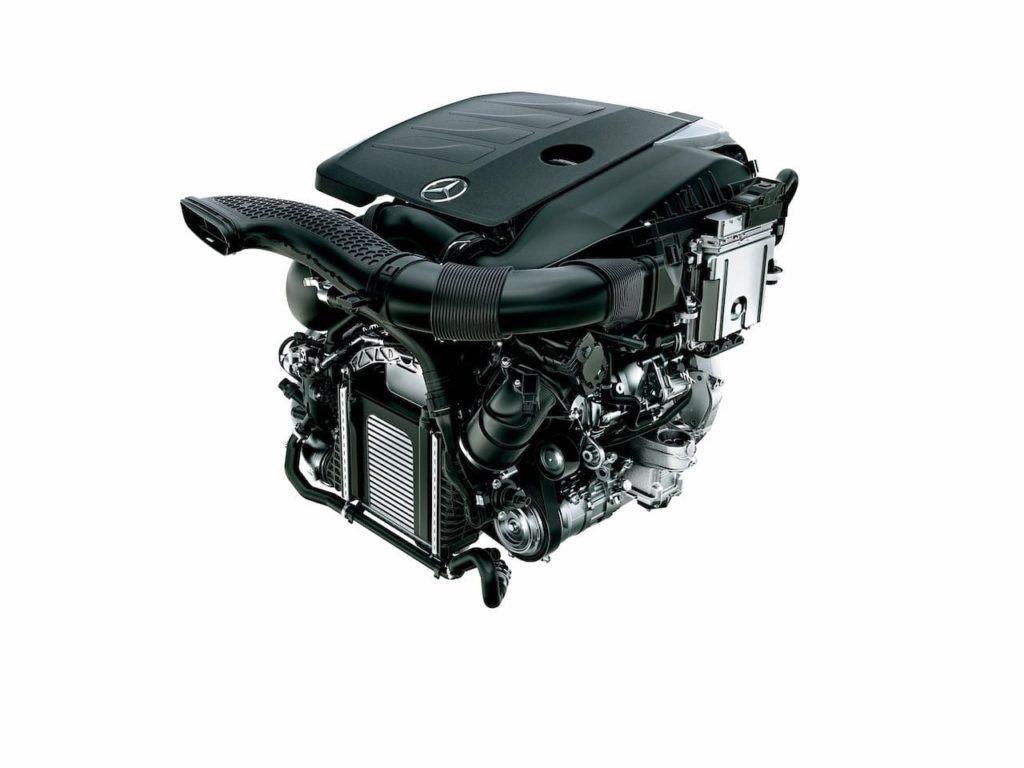 メルセデス Eクラス クーペ&カブリオレに、BSG+48V電気システム搭載車を追加