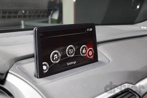 マツダ3よりもデカい!? 「CX-9」2020年モデルがディスプレイを9インチに大型化。の、ホントのところ