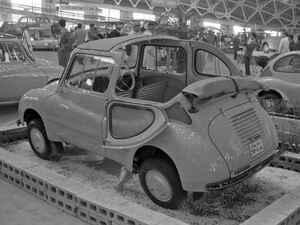 【昭和の名車 112】スバル360は、1960年モデルのマイナーチェンジでライバルに対抗する