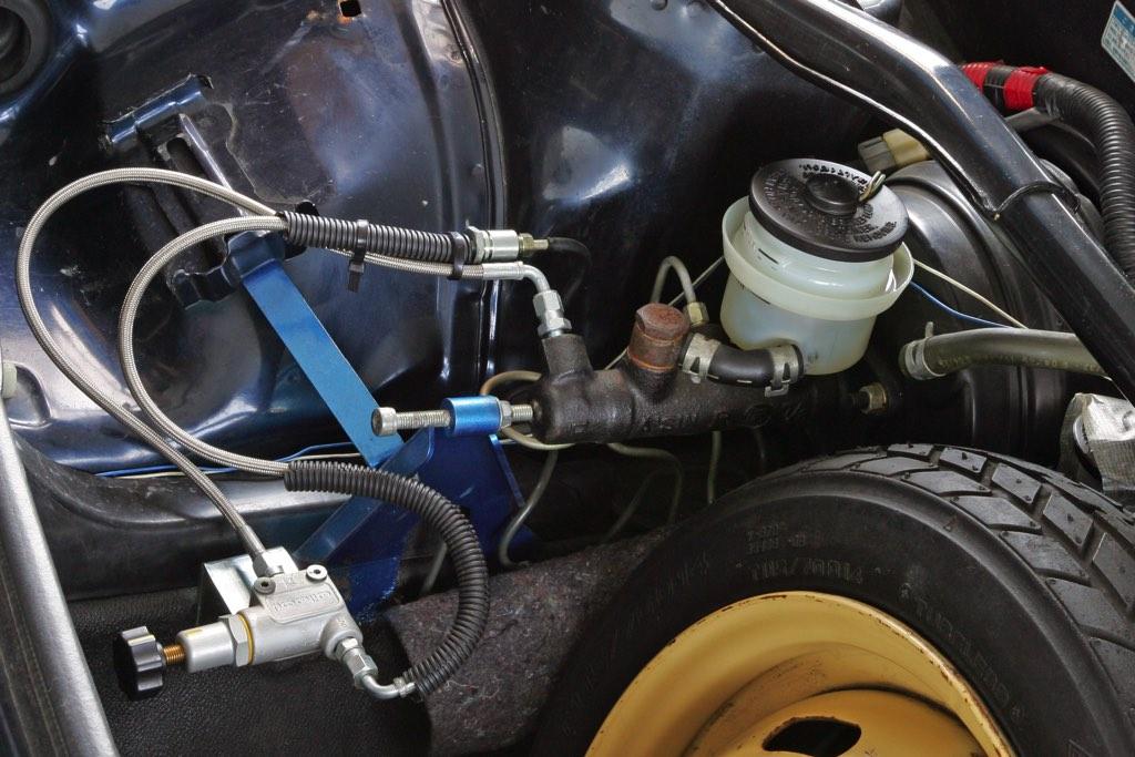 「初代MR2(AW11)に2代目(SW20)のターボエンジンを移植!」空力まで手を入れた300馬力のミッドシップチューンド!