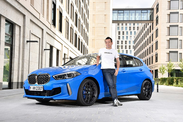FFレイアウト採用の新型BMW 1シリーズはAクラスやマツダ3と比べて明快なスポーティさが光る